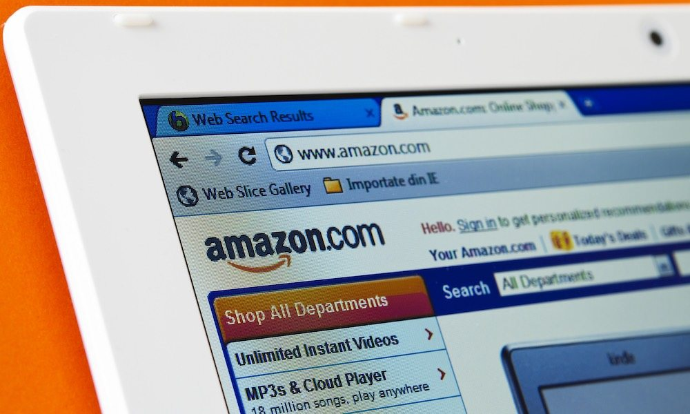 Strange Amazon Partnership Is Providing Students with Discounted Student Loans