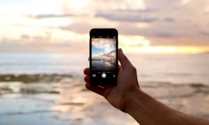 Learn How to Manually Set Exposure, Shoot Bursts of Photos, and Take Better Pictures Using Your iPhone