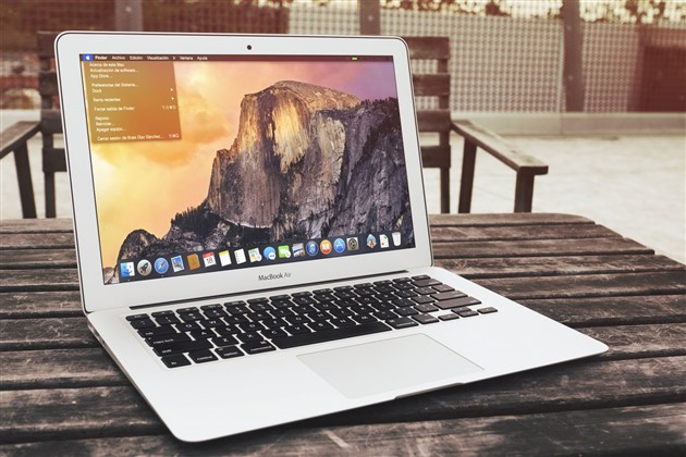 MacBook Air 2015 Yosemite
