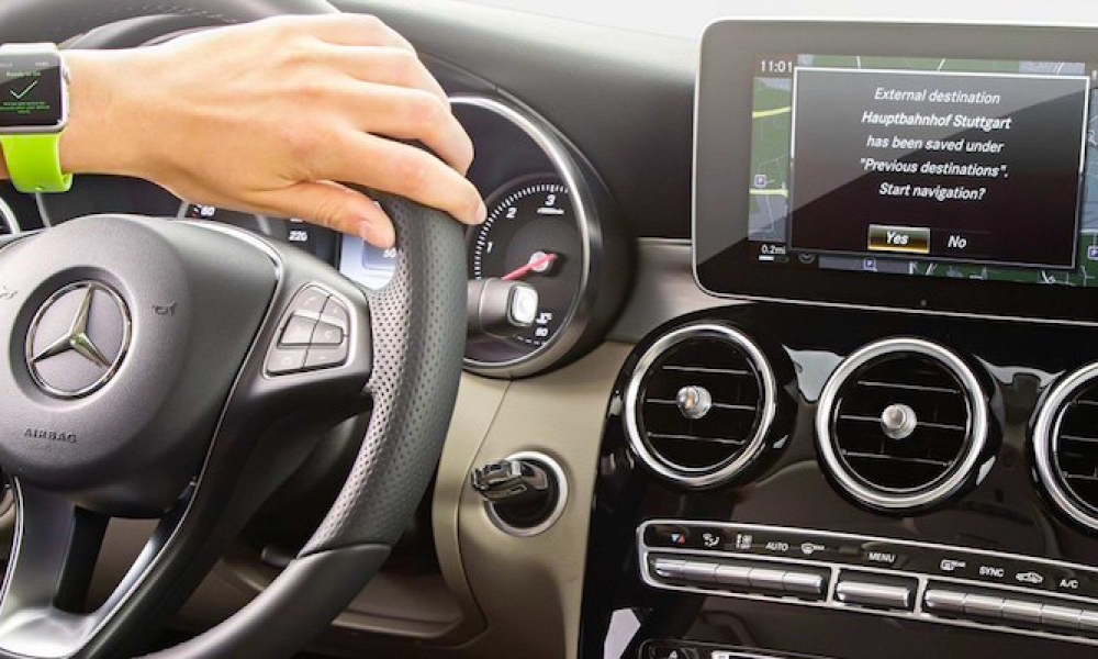 Mercedes-Benz Confirms CarPlay is Coming to Select Models in 2016