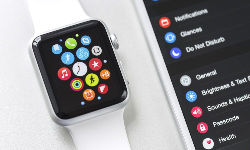 "Some Apple Watch Digital Crowns Have Become ""Sticky,"" Company Offers a Simple Quick Fix"