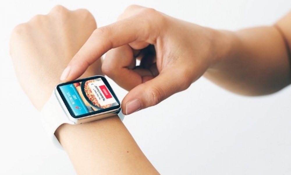 Now You Can Order Pizza at the Flick of the Wrist on Apple Watch