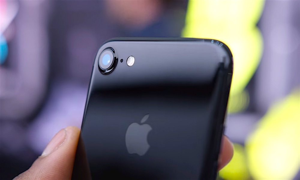 Still Holding out for a Jet Black iPhone 7? Well, Don't Hold Your Breath