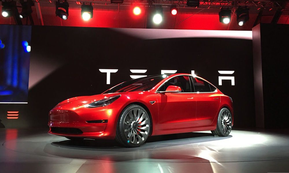 Every New Tesla Now Has Full Self-Driving Hardware, But There's a Catch