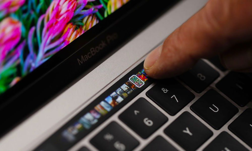 Apple Designer Jony Ive Shares Ideas, Challenges, and Philosophy Behind the Touch Bar