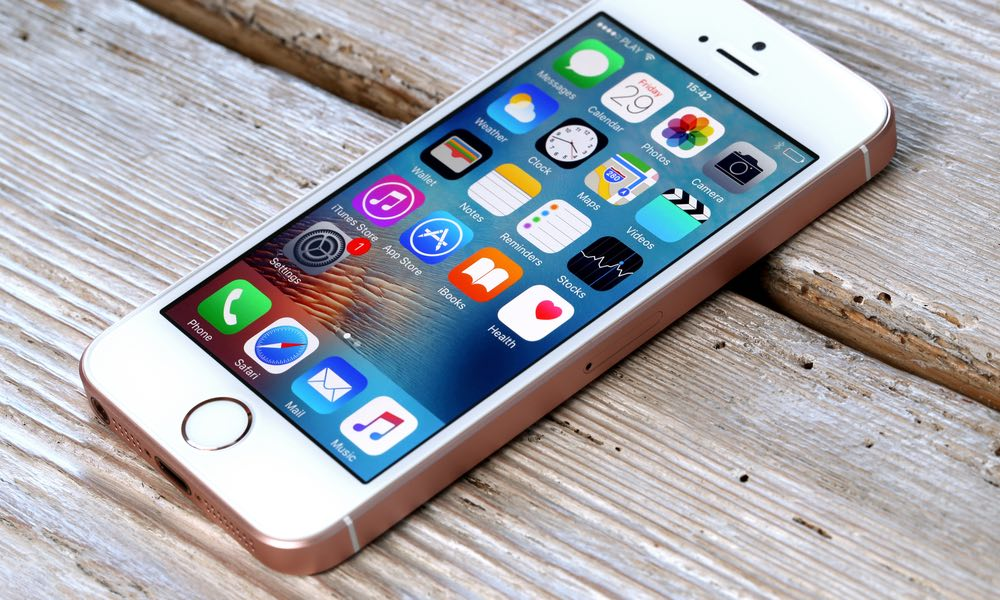 iPhone SE Might Not See an Update Despite Its Surprising Popularity