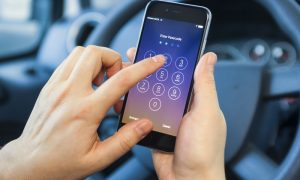Lawsuit Demands Apple Cease Selling iPhones Until Texting While Driving Lock-out Is Implemented
