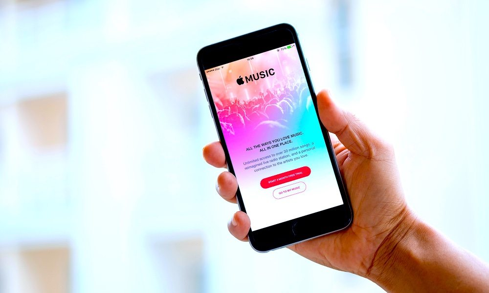 Spotify vs. Apple Music – Which Music Streaming Service for iPhone Is Better?