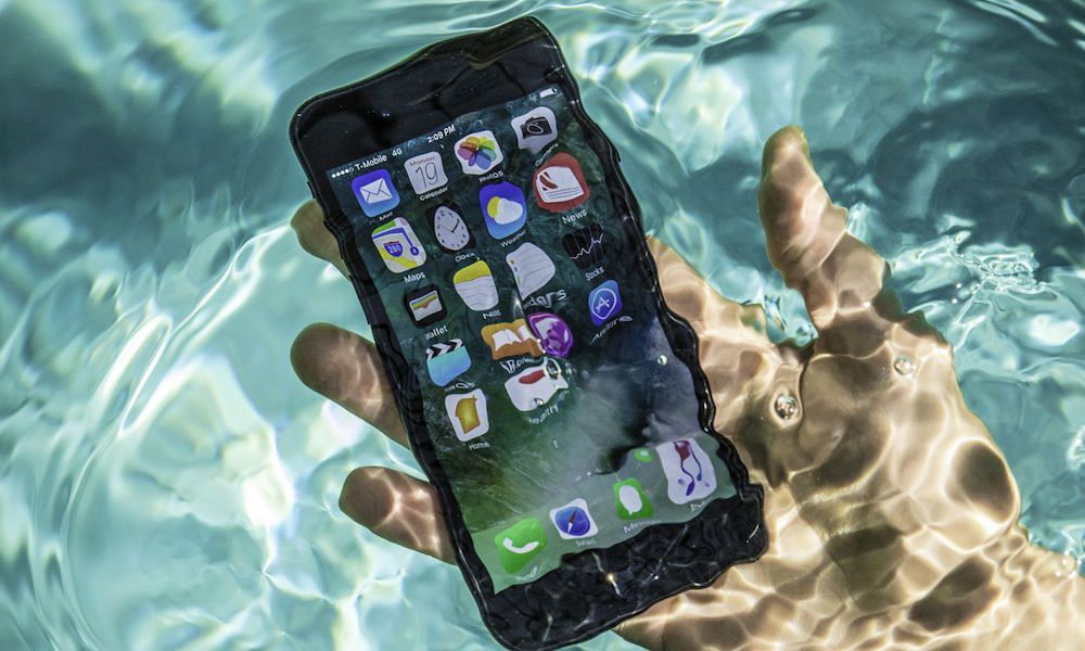 Man Claims His iPhone 7 Plus Spent the Night at the Bottom of an Icy River, Was Retrieved 13 Hours Later Unharmed