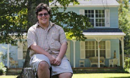 Apple Lends Support to Transgender Student's Supreme Court Case