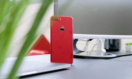 (PRODUCT)RED iPhone 7 Plus Unboxed