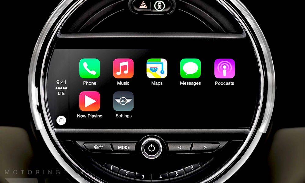 android auto vs carplay comparison. Black Bedroom Furniture Sets. Home Design Ideas