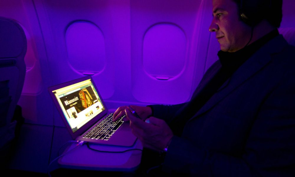 U.S. to Ban In-Cabin Laptops on Flights from Europe