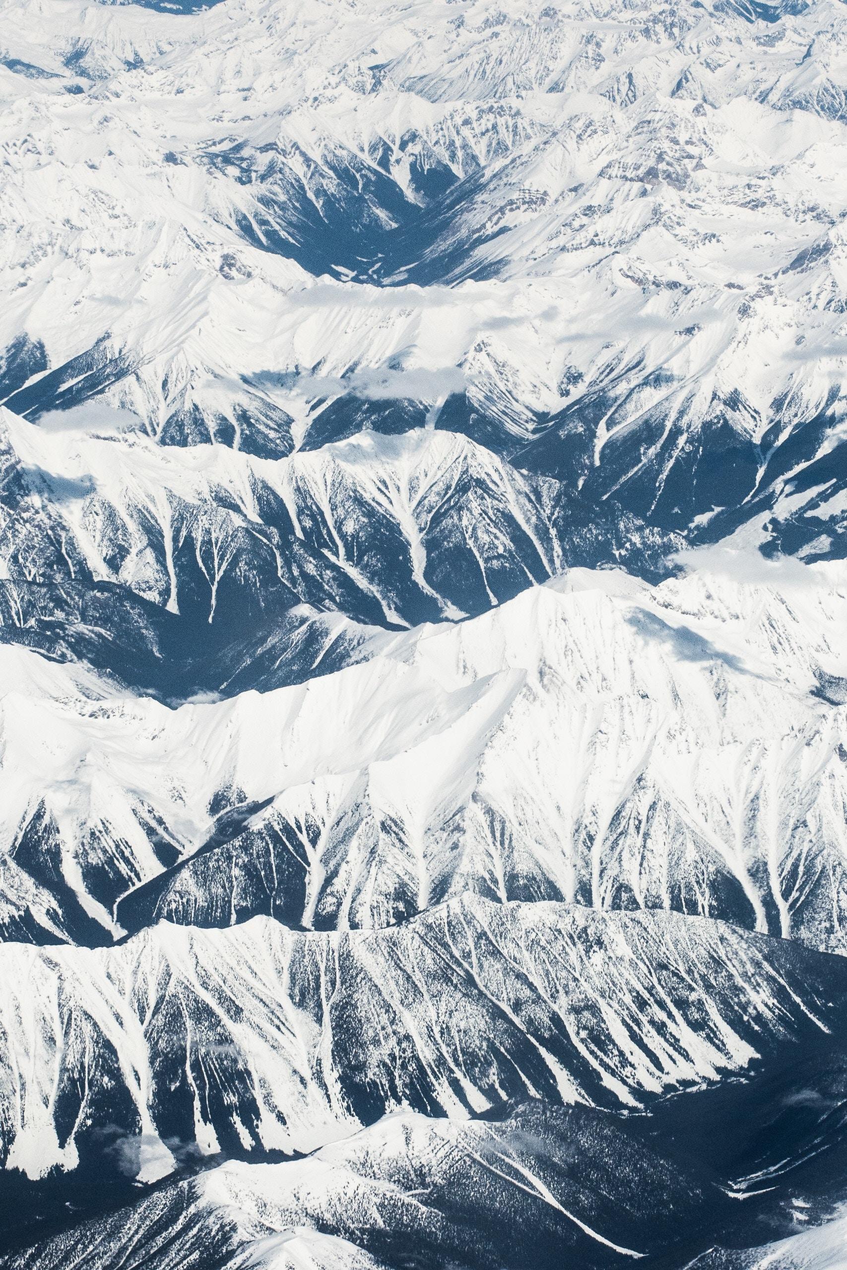 Mountain Tops iPhone Wallpaper - iDrop News
