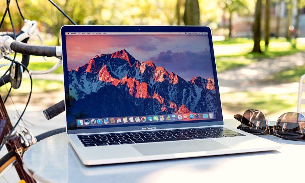 MacBook-Pro-Giveaway