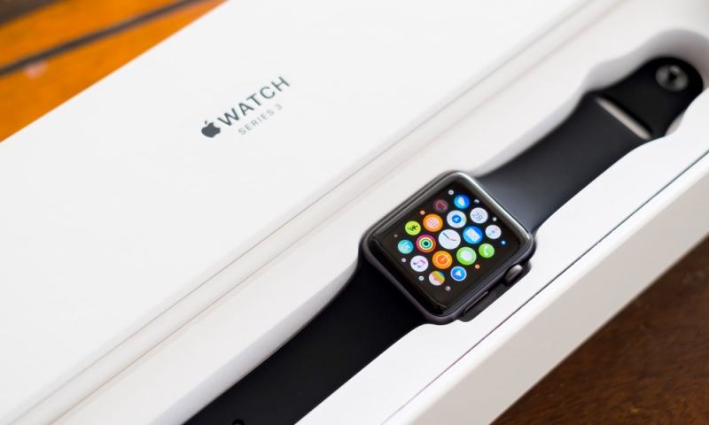 Apple Watch Series 3 Giveaway