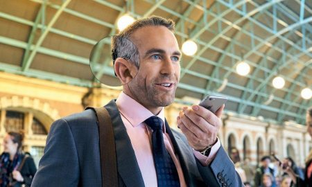 Apple and Cochlear Partner for First 'Made for iPhone' Implant