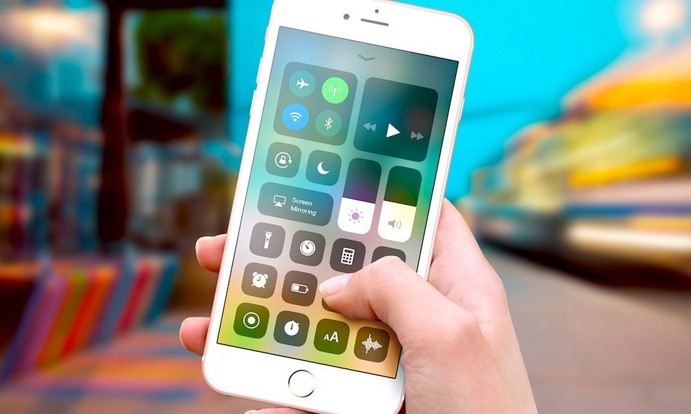 You Can't Fully Disable Wi-Fi or Bluetooth in iOS 11's Control Center