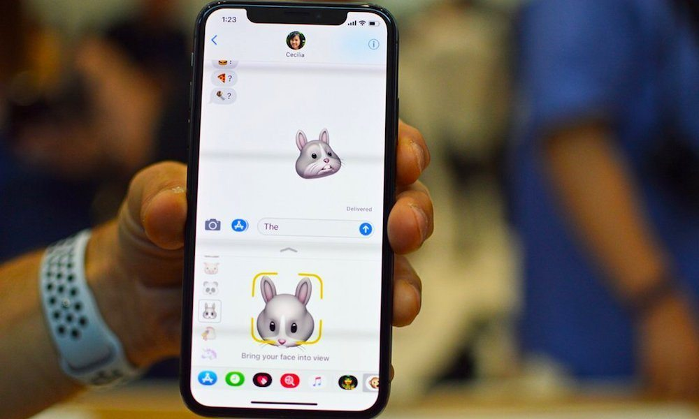 iPhone X Has Android OEMs Scrambling to Create 3D 'TrueDepth' Tech
