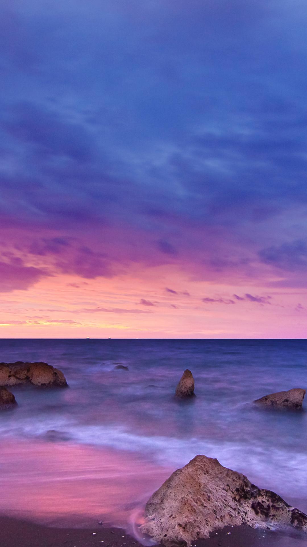 Playa Del Peñón iPhone Wallpaper
