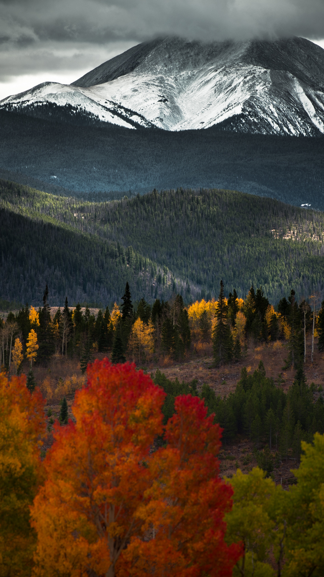 Beautiful Mountainous iPhone Wallpaper