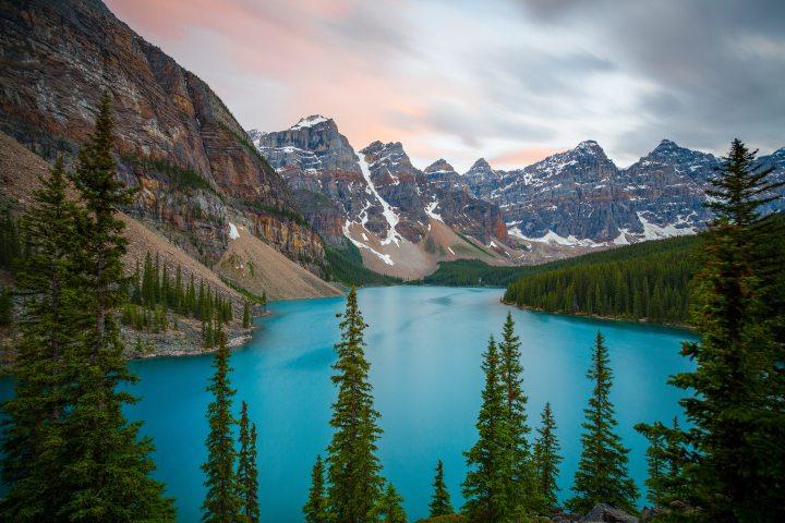Moraine-Lake-Classic-iPhone-Wallpaper