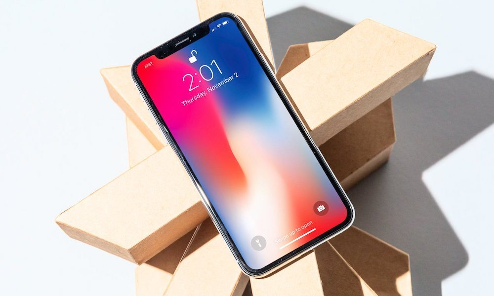 iPhone X Sets New Records for OLED Display Performance