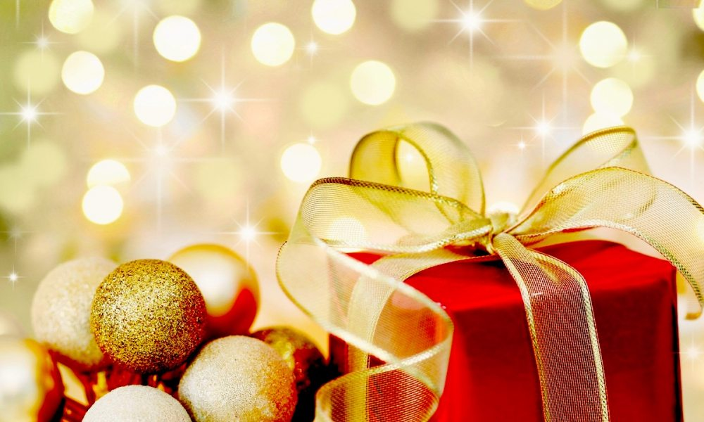 Holiday-Gift-Guide-Tech-Toys1