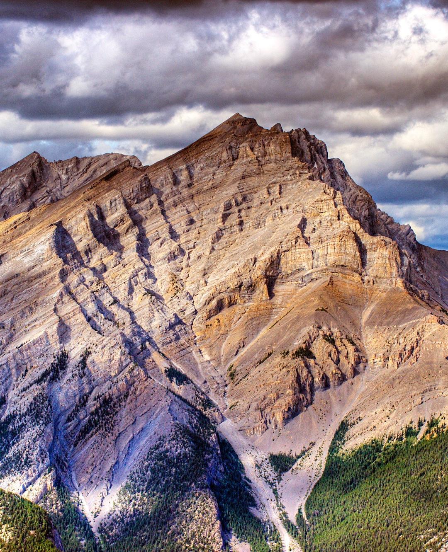 Breathtaking Mountain iPhone Wallpaper