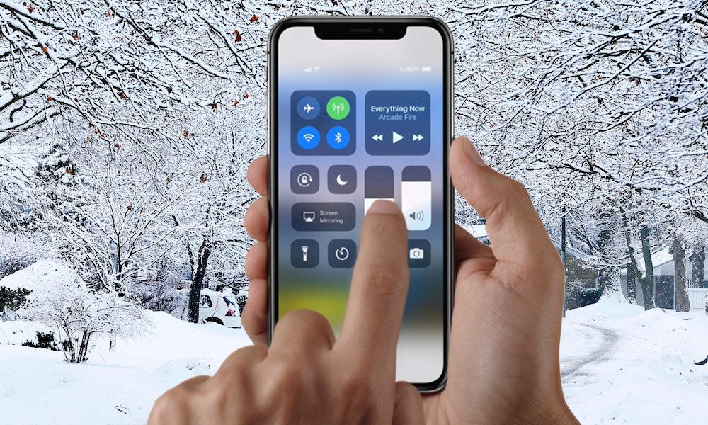 Reports Say iPhone X Display Becomes Unresponsive in Cold Weather