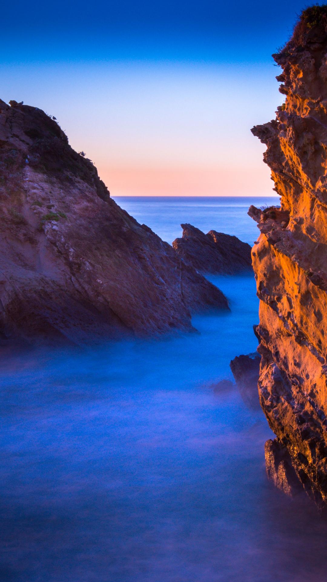 Golden Crags Of Biarritz iPhone Wallpaper