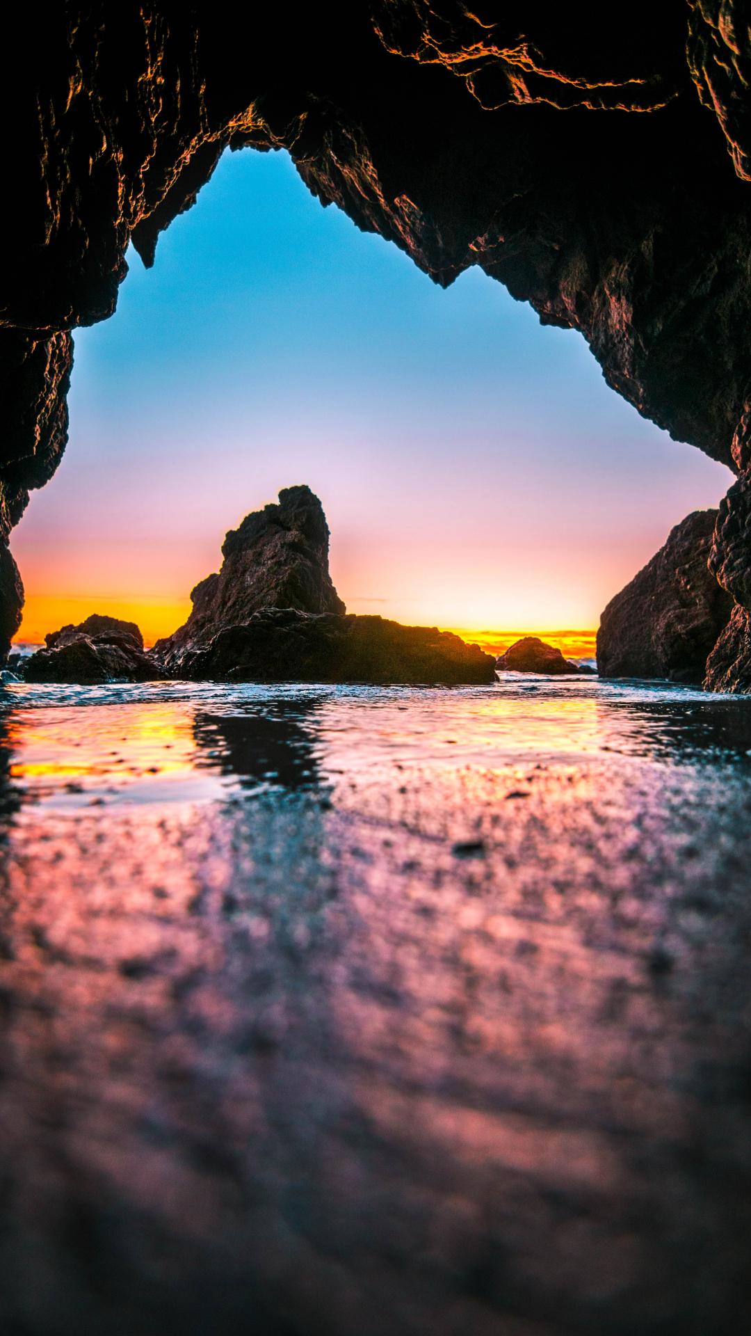 Tidal Caves iPhone Wallpaper