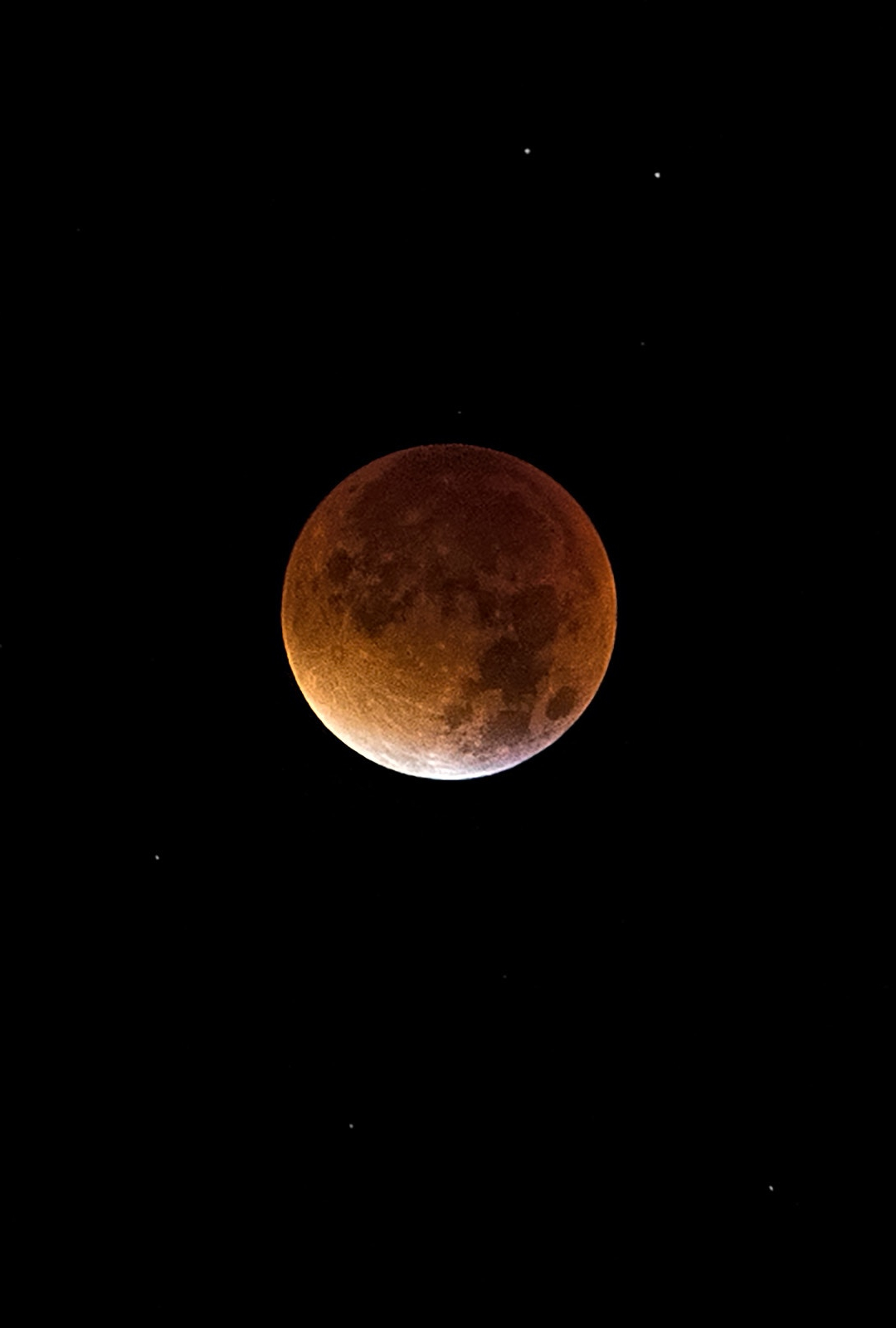 Bloodmoon iPhone Wallpaper