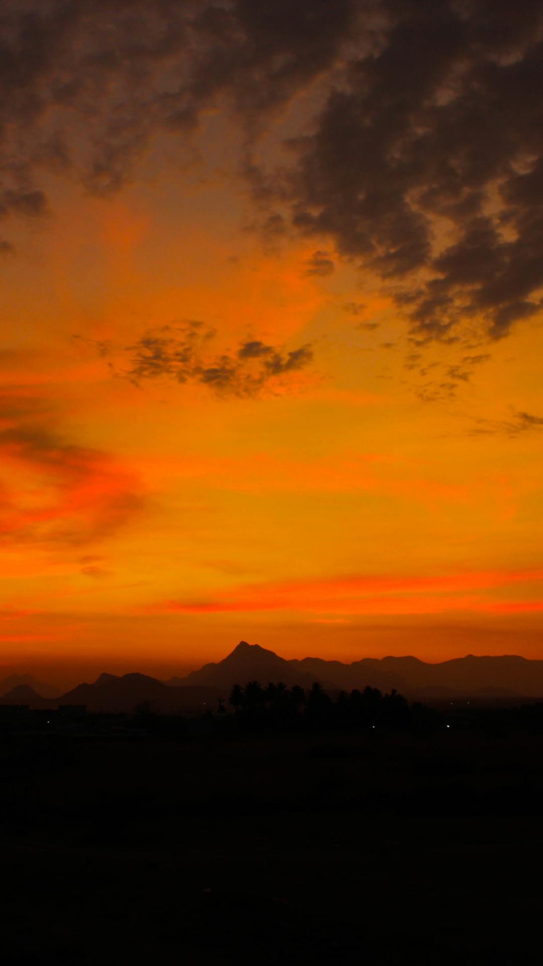 Sunset Love iPhone Wallpaper