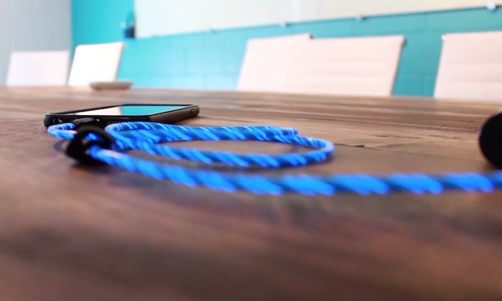 TAMO Charge-N-Glow MFi-Certified Lightning Cable Review