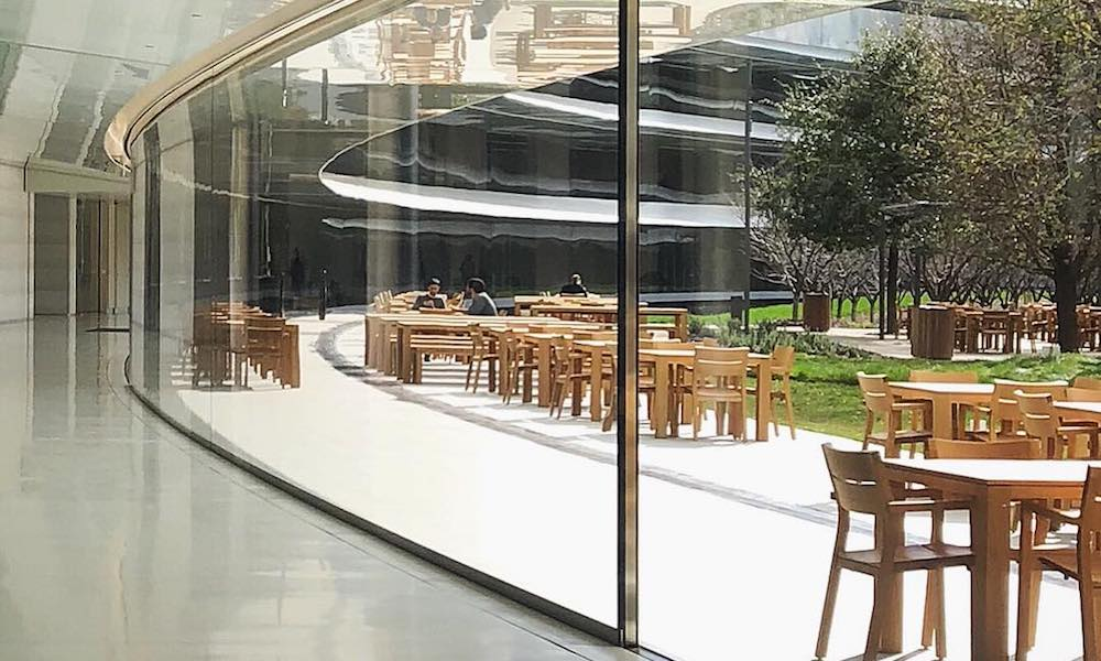 Apple employees at $5B glass spaceship campus are walking into walls