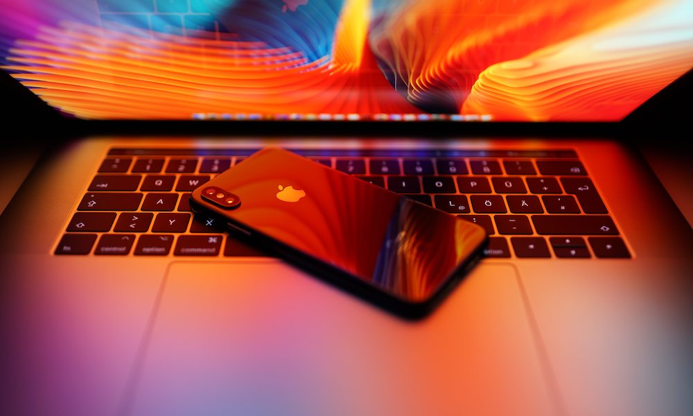 Iphone X Macbook Nikolay Tarashchenko