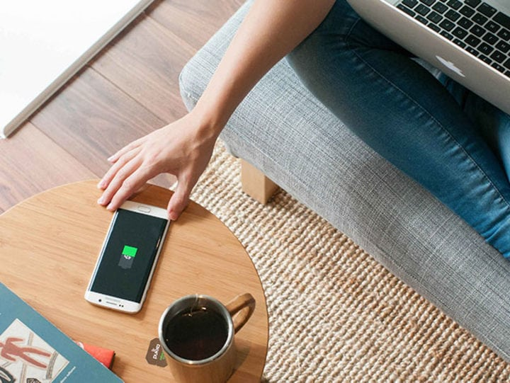 Furniqi Wireless Charging Table