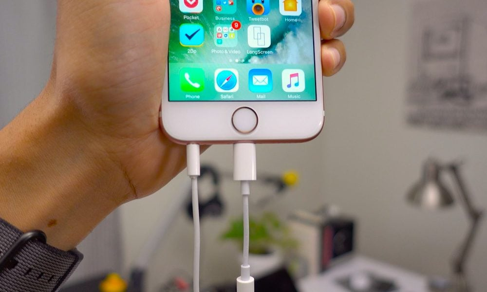 Iphone Dongles Lightning 3 5 Mm Headphone Jack