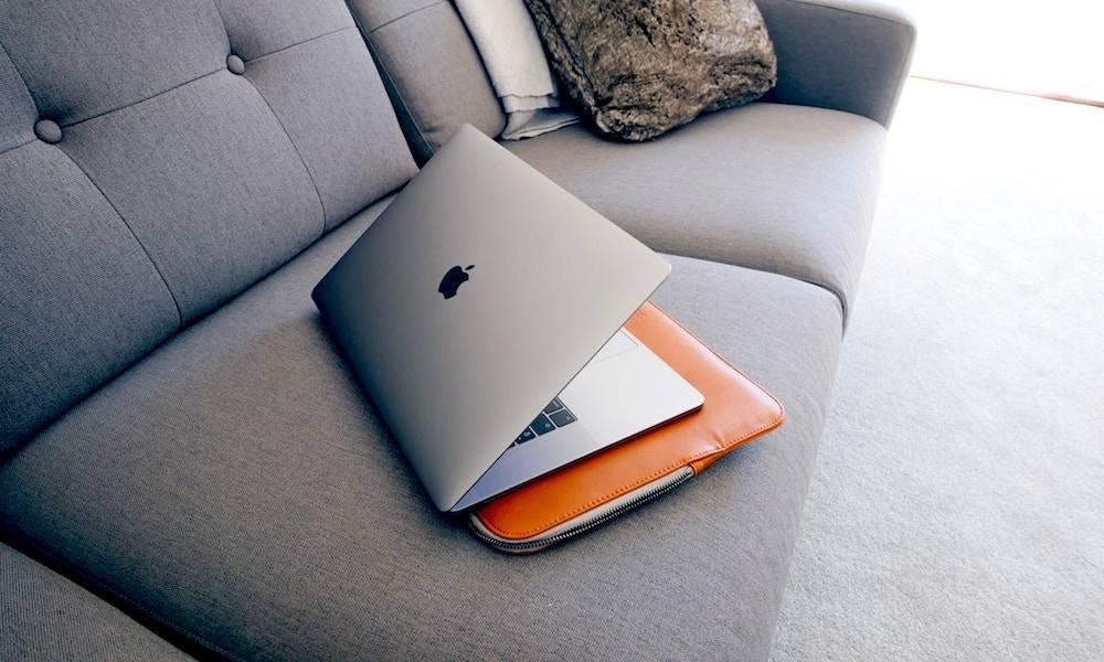 Macbook Case Oliur Unsplash