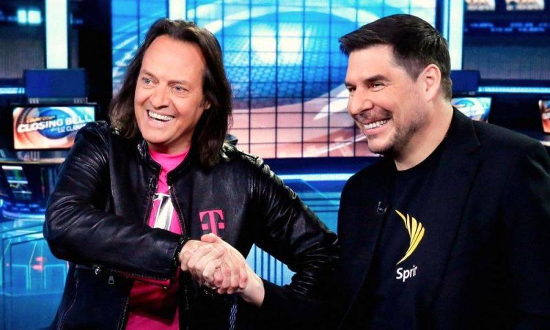 FCC Officially Approves Massive $26B T-Mobile and Sprint Merger
