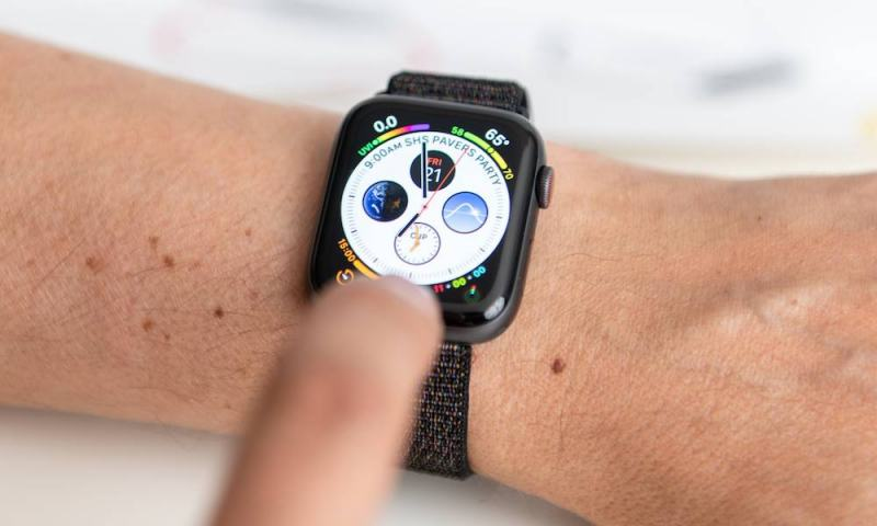 How to Fix an Apple Watch Series 4 That Sends SMS Instead of iMessage