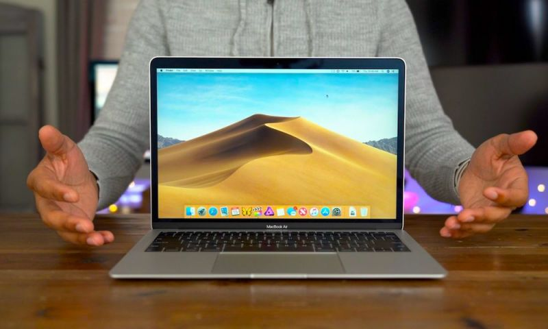 2018 MacBook Air Users Report Terrible 'HD' Camera Quality