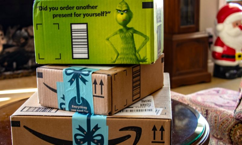 5 Best Apps to Track Your Holiday Purchases and Deliveries