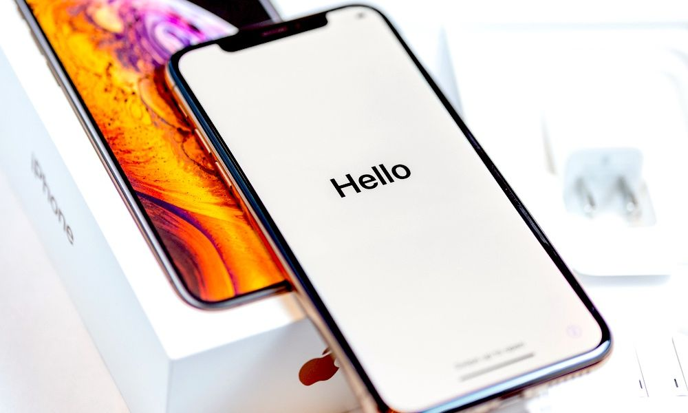 iPhone XS Max in Box