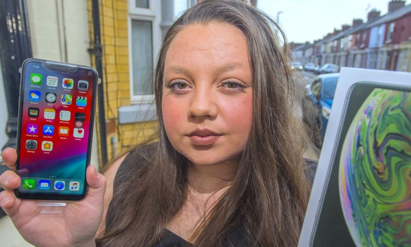 English Woman Warns About Fake iPhones – Here's How to Avoid Getting Scammed