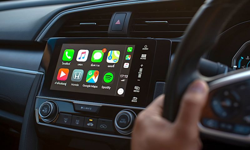 Last Apple Facts: Burning Apple CarPlay Questions Answered
