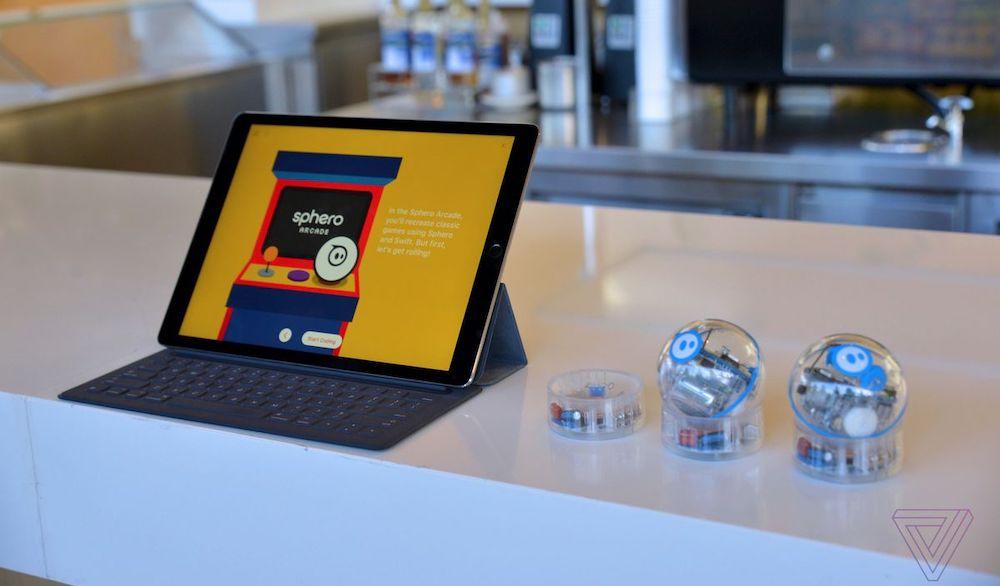Apple Swift Playgrounds Robots Nick Statt 2