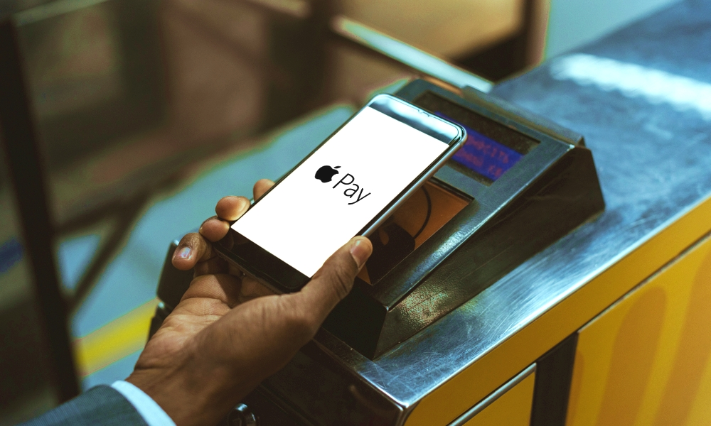 Using Apple Pay at Public Transit Terminal