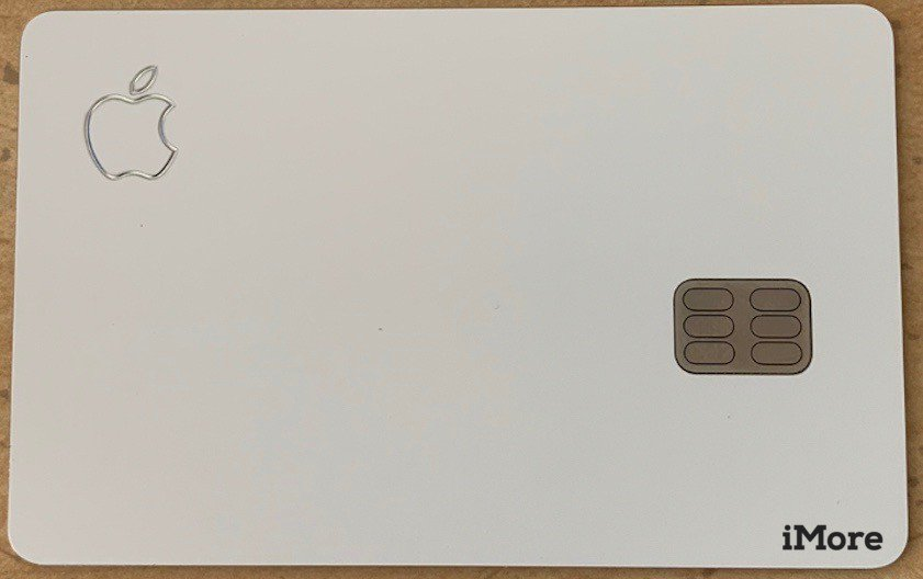 Leaked Apple Card Photo 01
